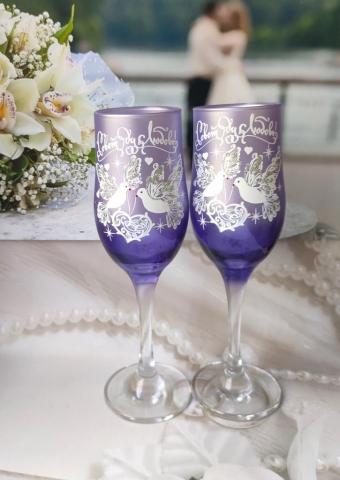фиолетовые свадебныебокалы фото