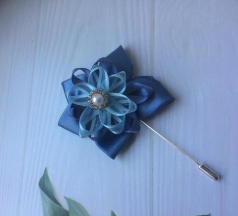 бутоньерка синяя фото