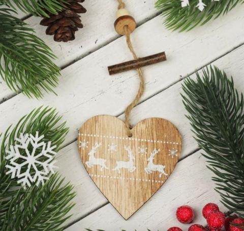 деревянные сердца на елку фото