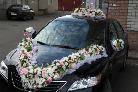 эксклюзивные украшения на свадебные машины фото