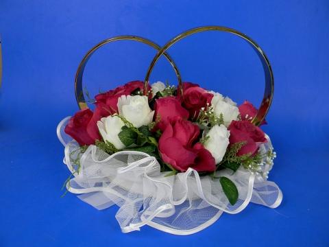 кольа на свадебнуюм ашину бело-малиновые купить