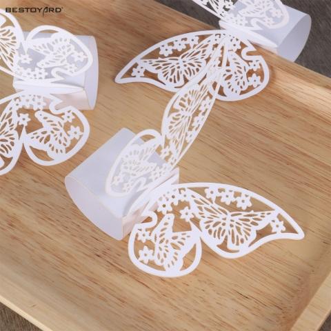 кольца на салфетки бабочки белые фото