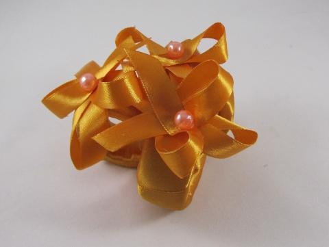 оранжевые кольца на салфетки фото