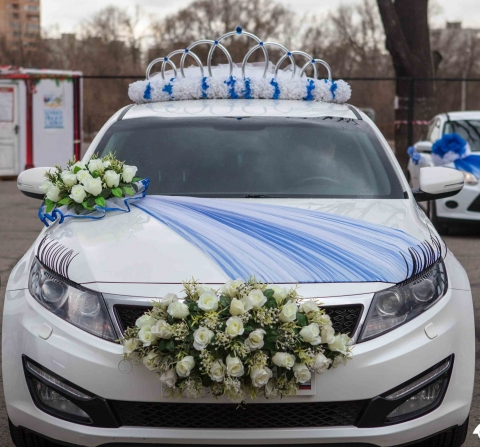 украшение на машину с короной