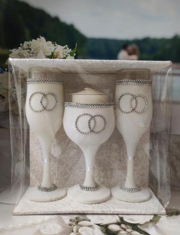 свадебные бокалы со свечой фото