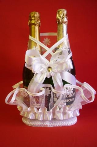 корзиночка для шампанского белая с цветочками