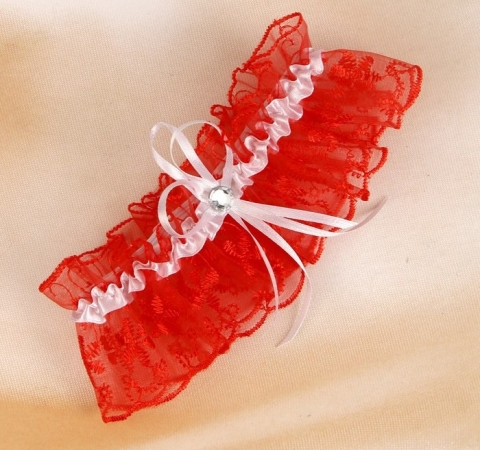 подвязка невесты красная фото
