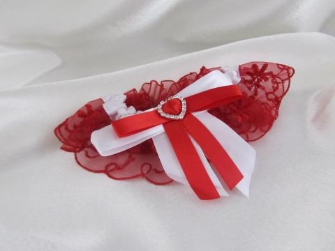 подвязка красная фото