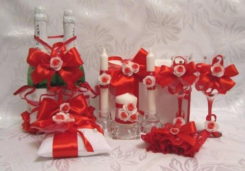свадьба в красно-белом стиле фото