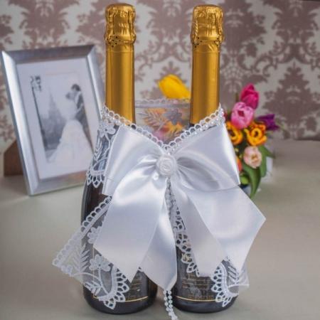 белое кружево на свадебное шампанское купить