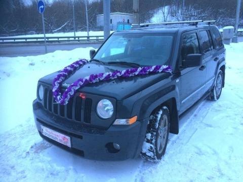 фиолетовые ленты на машину фото