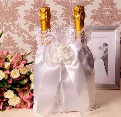 белый мешочек для шампанского на свадьбу фото