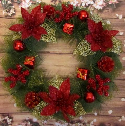 новогодний венок на дверь красный фото