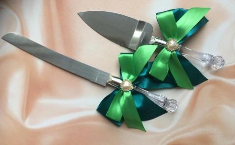 нож и лопатка для торта изумрудные