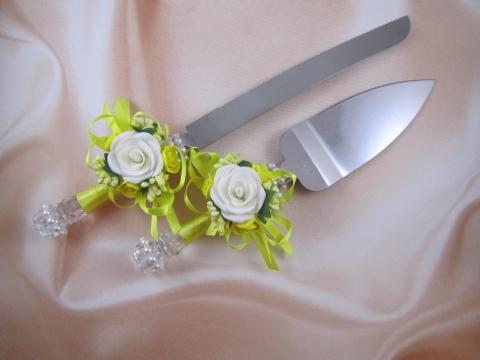 нож и лопатка для торта желтые фото