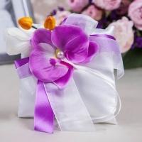 подушечка для колец с фиолетовой орхидеей
