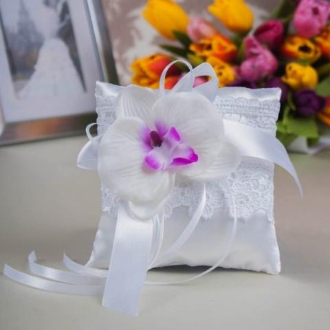 подушечка для колец с орихидеями белая купить