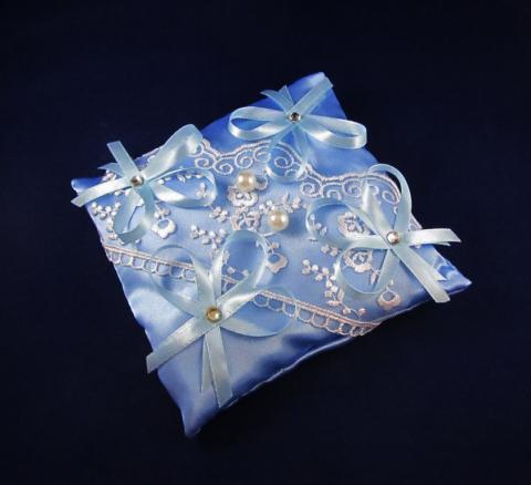 голубые подушечки для колец фото