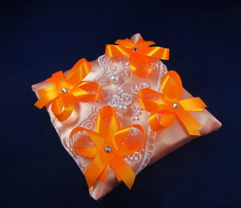 оранжевые свадебные аксессуары фото
