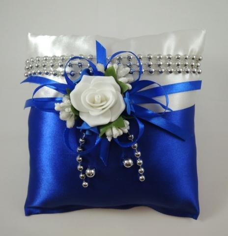 синяя подушечка для колец фото, картинки