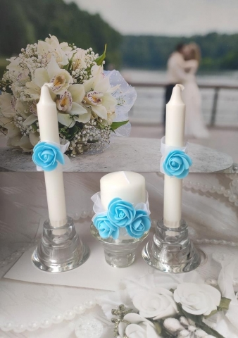 голубые свадебные свечи очаг фото