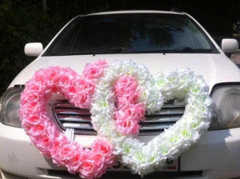 сердца на машину бело-розовые