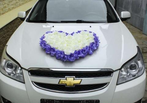 сердце на машину бело-сиреневое фото