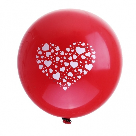 шар красный с сердцем