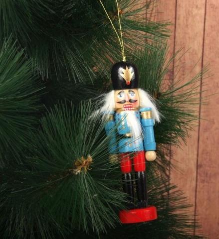 щелкунчик на елку фото
