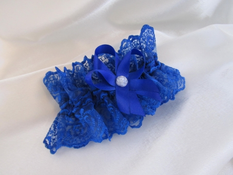 синяя подвязка фото