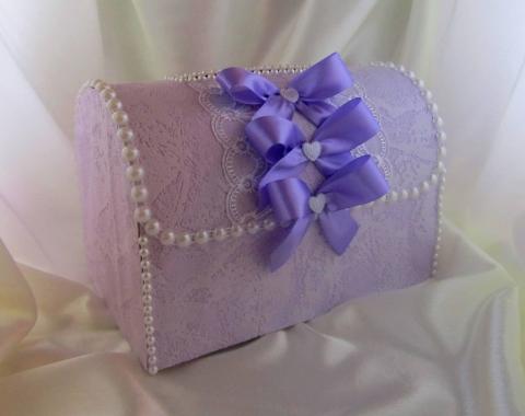сиреневая коробка для денег на свадьбу фото