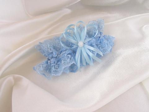 голубая подвязка невесты фото