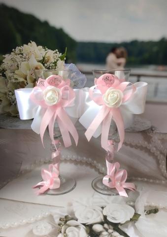 бело-розовые свадебые бокалы купить