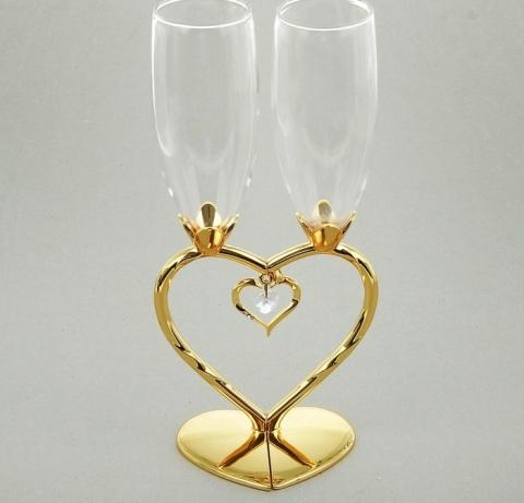свадебные бокалы ножка сердцем купить
