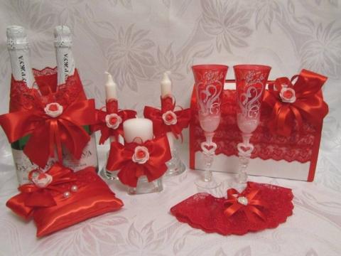 красный свадьба фото