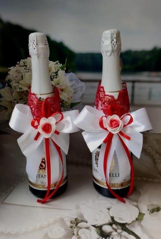 красно-белые украшения на свадебное шампанское купить