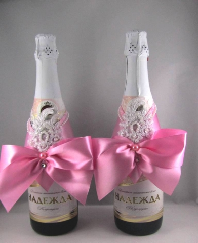 розовое украшение на шампанское купить