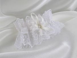 белая кружевная подвязка бантик айвори фото