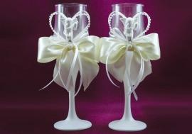 бокалы на свадьбу айвори картинки