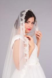 Фата. Фата невесты. Фата с кружевом шантилье. D- 150 см: молочный 001715