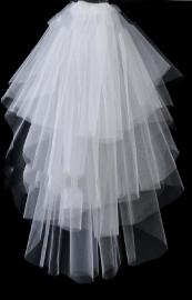 """Фата свадебная """" Водопад"""" 6 ярусов, на гребне. Цвет белый, молочный. 001711"""