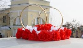кольца на машину красно-белые фото