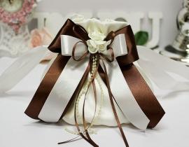 """Сумочка цветочек белая, айвори с шоколадным декором """"Римма"""" 000613"""