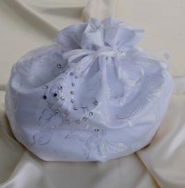 сумочка невесты белая со стразами