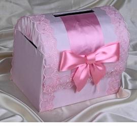 сундучок на свадьбу с розовым декором