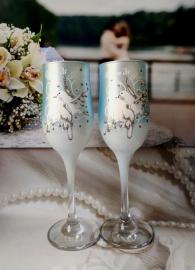 Свадебные бокалы голубые  с голубями 2 шт 000288