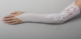 перчатки за локоть с кружевом
