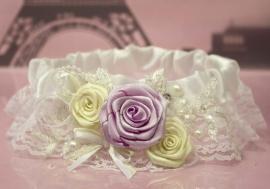 подвязка на ногу роза сиреневый айвори