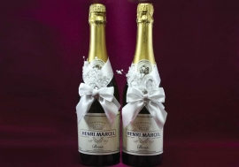 украшение на шампанское ручной работы