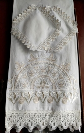 Венчальный комплект ХРАМОВЫЙ РУШНИК и 2 салфетки. Мастерская Православного Храма 000675